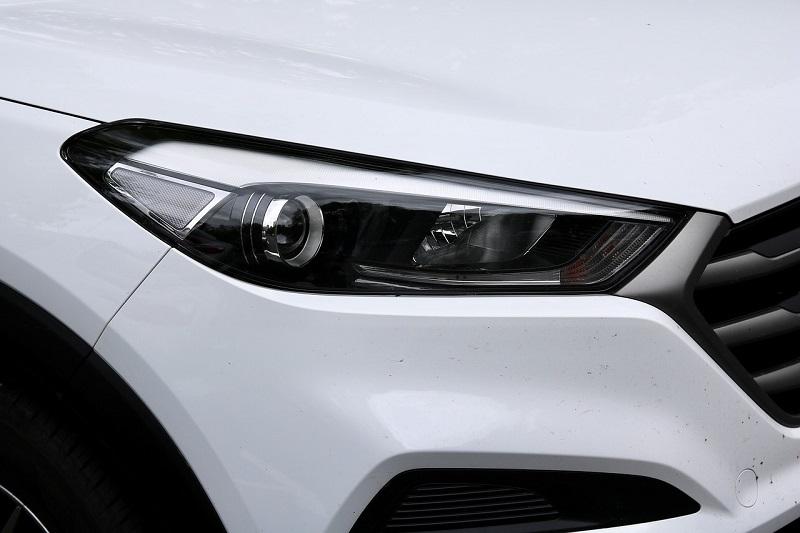 H7 LED car headlight bulbs have an edge over halogen